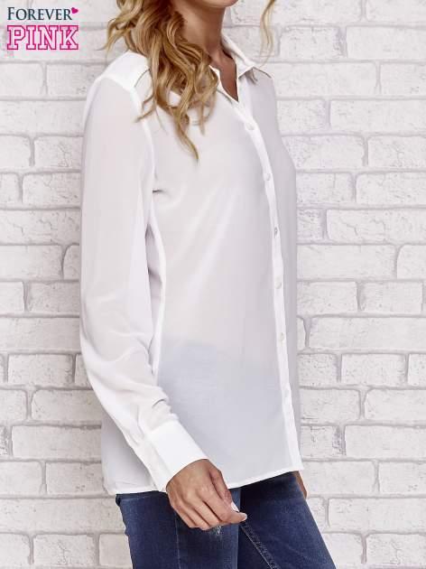Biała koszula mgiełka z ozdobnym obszyciem                                  zdj.                                  3