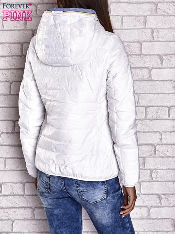 Biała ocieplana kurtka z kontrastowym wykończeniem kaptura                                  zdj.                                  3