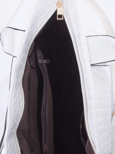 Biała pleciona torebka z suwakami                                  zdj.                                  5