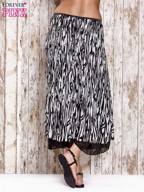 Biała plisowana spódnica midi z brokatem                                  zdj.                                  5