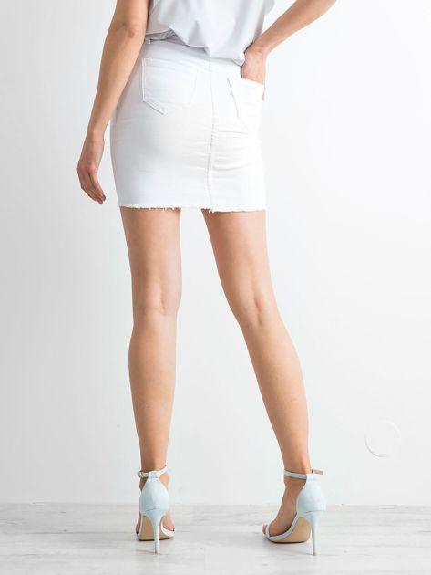 Biała spódnica Buttons                              zdj.                              2