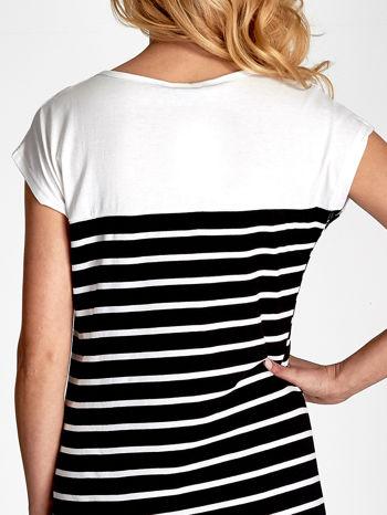 Biała sukienka w czarne paski                                  zdj.                                  7