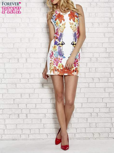 Biała sukienka z nadrukiem ptaków                                  zdj.                                  2