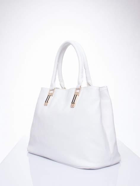 Biała torebka ze złotymi okuciami z kryształkami                                  zdj.                                  3