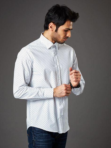 Biała wzorzysta koszula męska o prostym kroju                               zdj.                              3