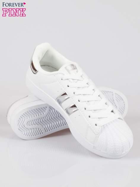 Białe adidasy damskie ze srebrną wstawką                                  zdj.                                  4