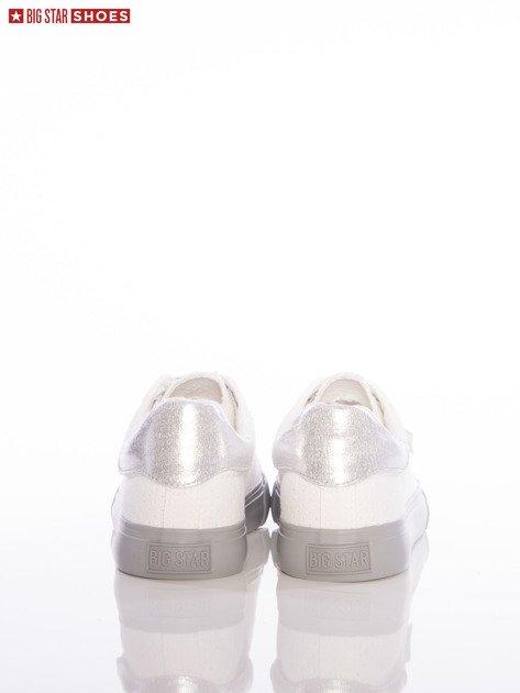 Białe ażurowe trampki Big Star ze srebrnymi sznurówkami i szarymi podeszwami                              zdj.                              3