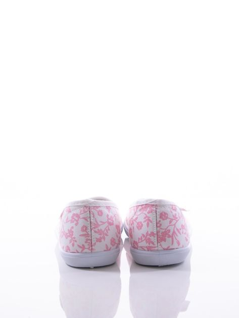 Białe baleriny w różowe kwiatki                                zdj.                              4