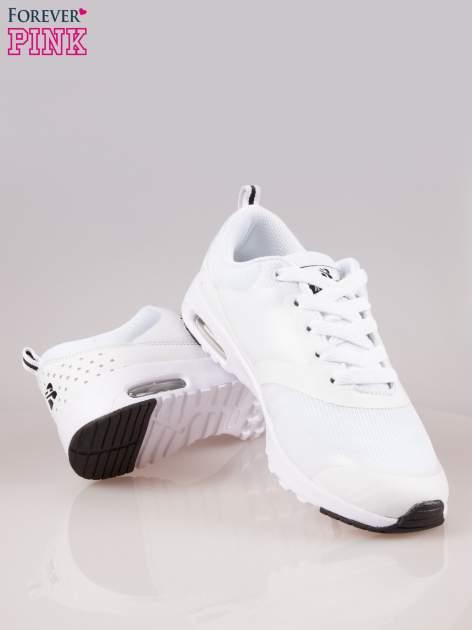 Białe buty sportowe damskie z siateczką i poduszką powietrzną w podeszwie                                  zdj.                                  4