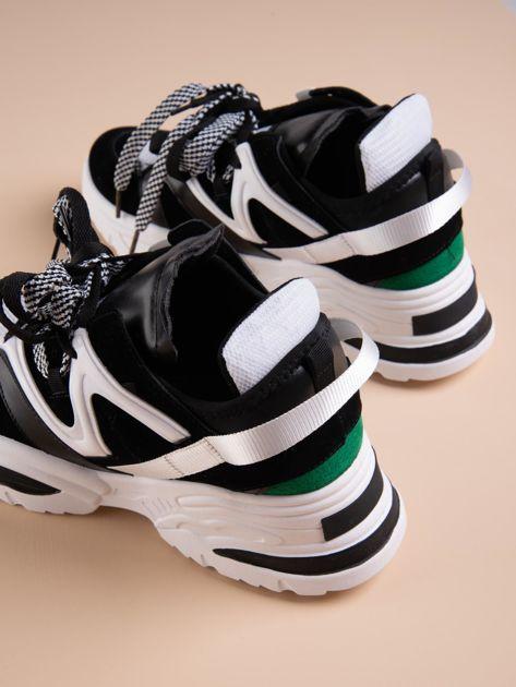 Białe buty sportowe na platformie z podwójnymi sznurówkami                              zdj.                              3