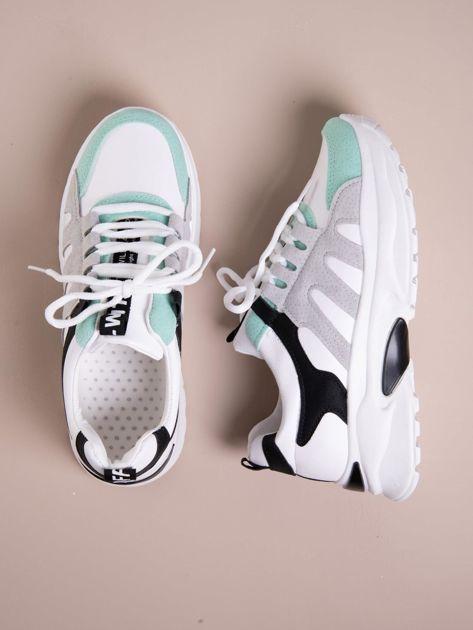Białe buty sportowe ze skórzanymi miętowymi wstawkami                               zdj.                              1