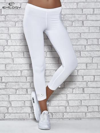 Białe legginsy sportowe termalne z patką z dżetów                                  zdj.                                  1