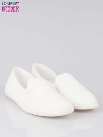 Białe lekkie buty sliponki                                  zdj.                                  2