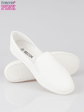 Białe lekkie buty sliponki                                  zdj.                                  4