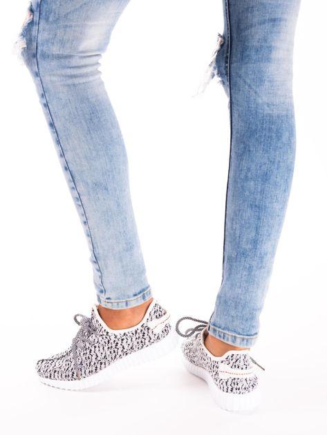 Białe marmurkowe buty sportowe pattern z tkaniny z uchwytem z tyłu                               zdj.                              7