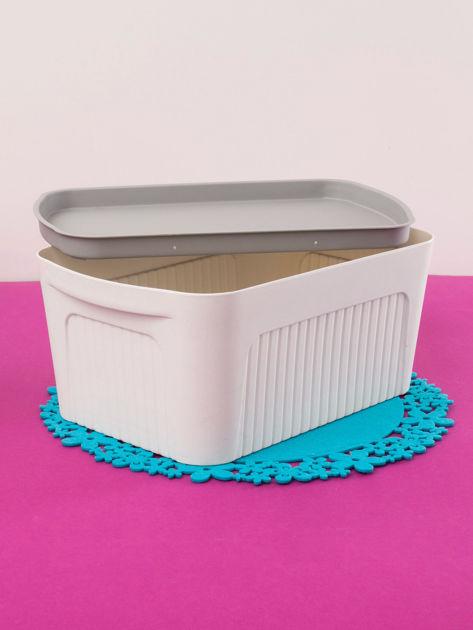 Białe pudełko z pokrywką                              zdj.                              3