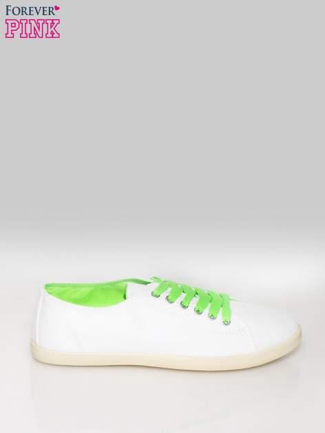 Białe tenisówki damskie z zielonymi sznurówkami + GRATIS BIAŁE SZNUROWADŁA