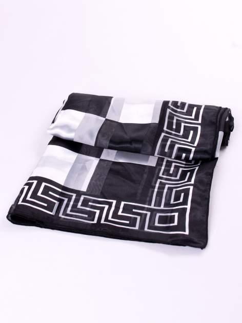 Biało-czarna chusta apaszka we wzór geometryczny                                  zdj.                                  3