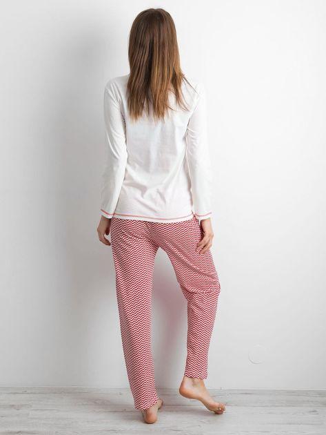 Biało-czerwona piżama damska z nadrukiem                              zdj.                              3