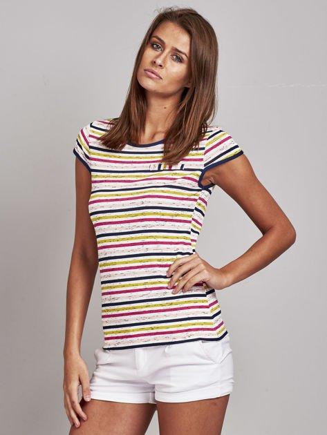 Biało-różowy t-shirt w kolorowe paski                               zdj.                              3