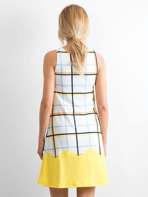 Biało-żółta sukienka w kolorową kratę                              zdj.                              2