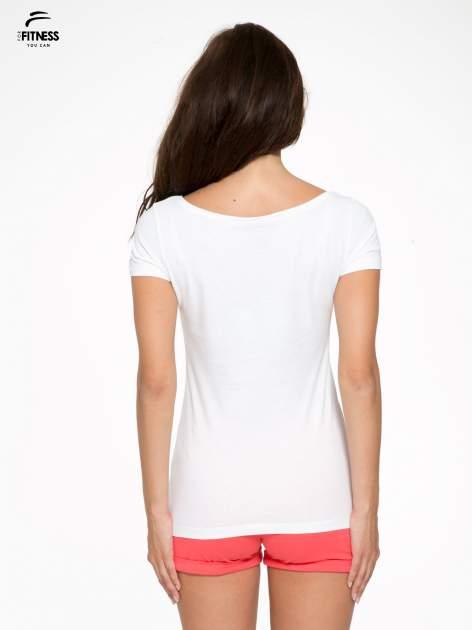 Biały bawełniany t-shirt z nadrukiem tekstowym WAKE UP WORK OUT                                  zdj.                                  4