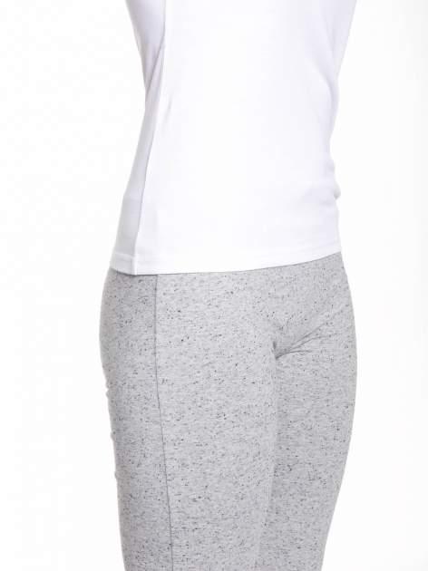 Biały bawełniany t-shirt z siateczką                                  zdj.                                  8
