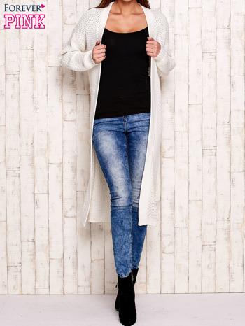 Biały długi dzianinowy sweter                                  zdj.                                  1