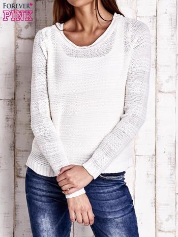Biały dziergany sweter                                  zdj.                                  1