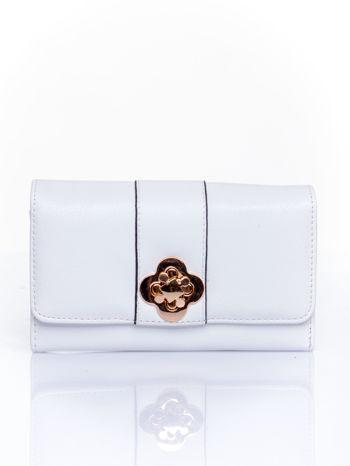 Biały portfel z ozdobnym zapięciem                                  zdj.                                  1