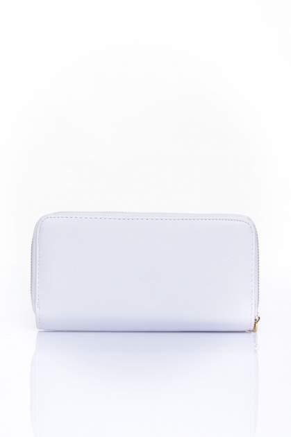 Biały portfel ze złotym zapięciem                                  zdj.                                  2