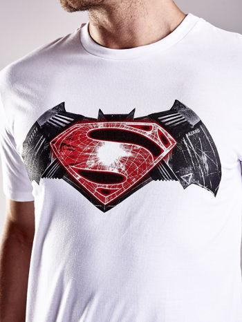 Biały t-shirt męski BATMAN V SUPERMAN                                  zdj.                                  7
