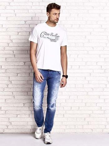 Biały t-shirt męski z napisami i liczbą 83                                  zdj.                                  5