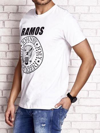 Biały t-shirt męski z napisem RAMOS i nadrukiem                                  zdj.                                  3