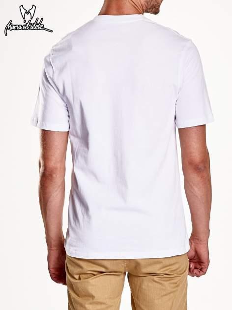 Biały t-shirt męski ze zdjęciem miasta                                  zdj.                                  6
