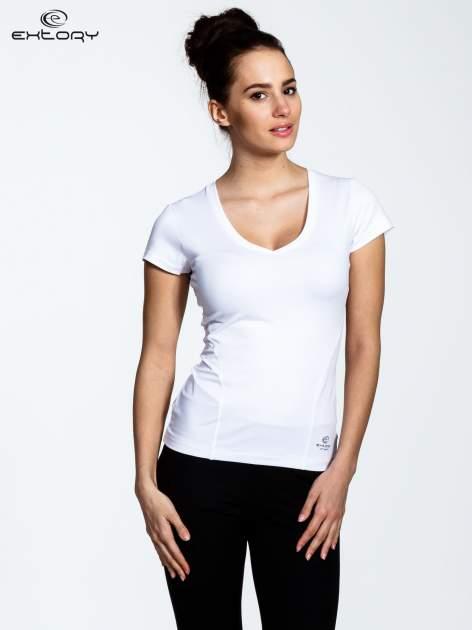 Biały t-shirt sportowy termoaktywny z dekoltem V