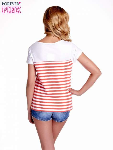 Biały t-shirt w poziome czerwone paski                                  zdj.                                  4