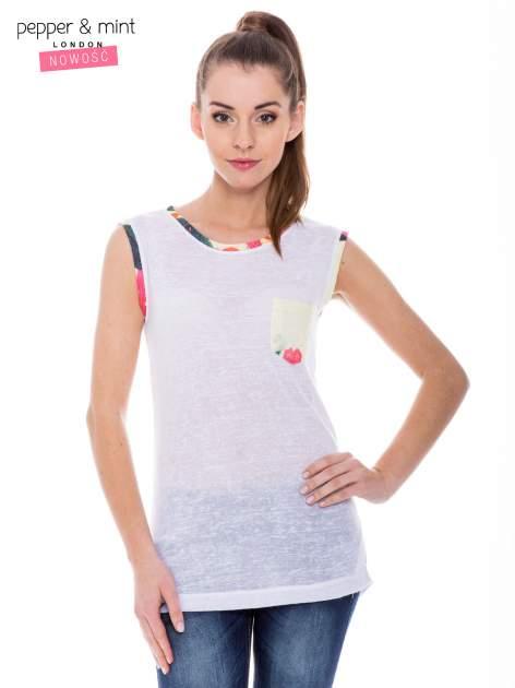 Biały t-shirt z kolorową kieszonką i lamówką                              zdj.                              1