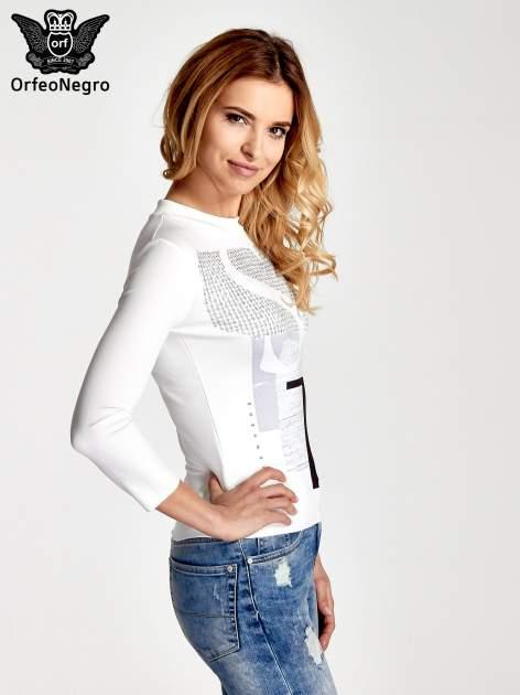 Biały t-shirt z nadrukiem                                  zdj.                                  3