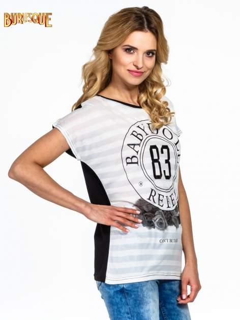 Biały t-shirt z nadrukiem BABYDOLL REBEL 83                                  zdj.                                  3