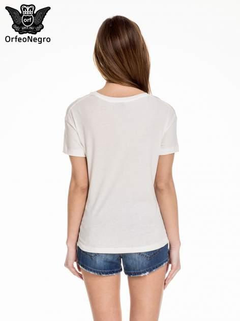 Biały t-shirt z nadrukiem I LOVE CHOCOLAT                                  zdj.                                  4