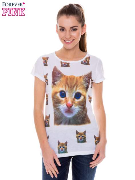 Biały t-shirt z nadrukiem kotka                                  zdj.                                  1