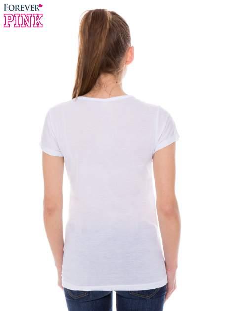Biały t-shirt z nadrukiem kotka                                  zdj.                                  3