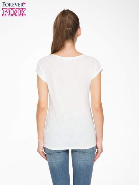 Biały t-shirt z nadrukiem tygrysa z koroną                                  zdj.                                  4