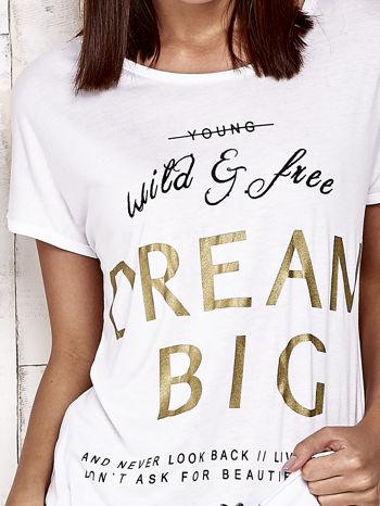 Biały t-shirt z napisem DREAM BIG                                  zdj.                                  5
