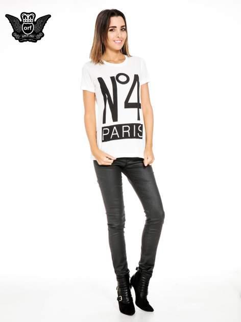 Biały t-shirt z napisem NO. 4 PARIS                                  zdj.                                  2
