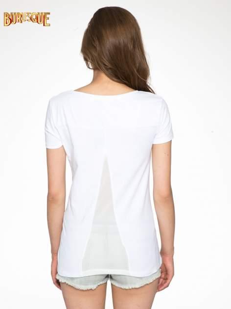 Biały t-shirt z napisem SORRY I'M SUPER FRESH z dżetami                                  zdj.                                  4