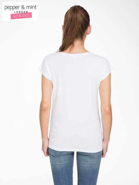 Biały t-shirt z napisem THE BEST IS YET TO COME                                  zdj.                                  4