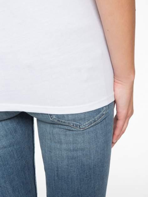 Biały t-shirt z napisem THE BEST IS YET TO COME                                  zdj.                                  8