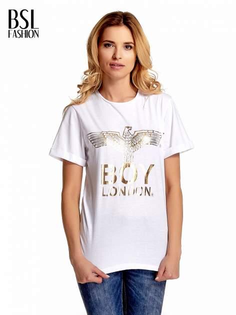 Biały t-shirt ze złotym nadrukiem orła i napisem BOY LONDON                                  zdj.                                  1